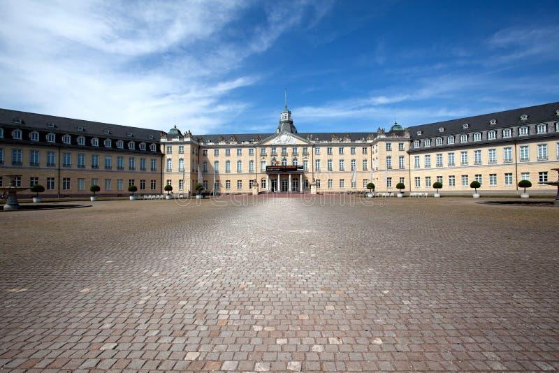 Paleis in Karlsruhe Duitsland royalty-vrije stock foto's