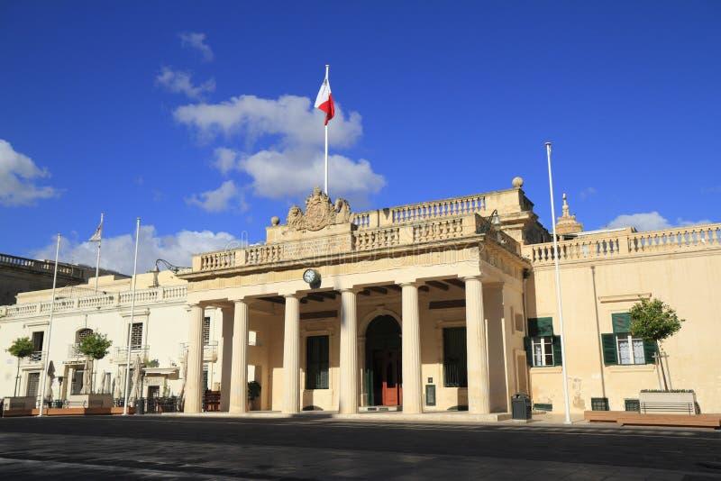 Paleis op Heilige George Square, Malta stock fotografie