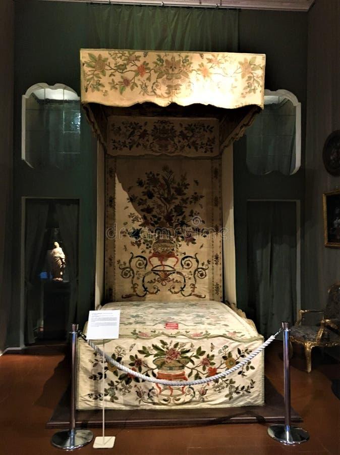 Paleis van Venaria Reale, koninklijk woonplaats en bed royalty-vrije stock afbeelding