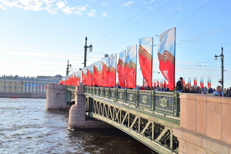 Paleisbrug op Victory Day stock foto's