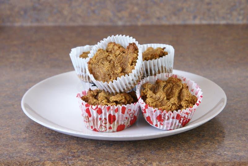 Paleo-Kürbis-Muffins lizenzfreie stockbilder