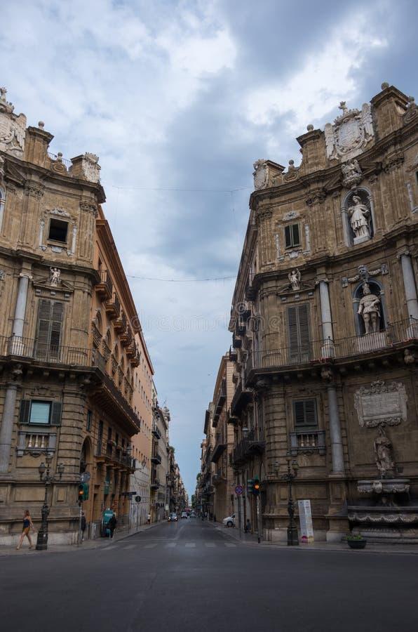 Palermo central fyrkant av Quattro Canti, Sicilien, Italien arkivbild