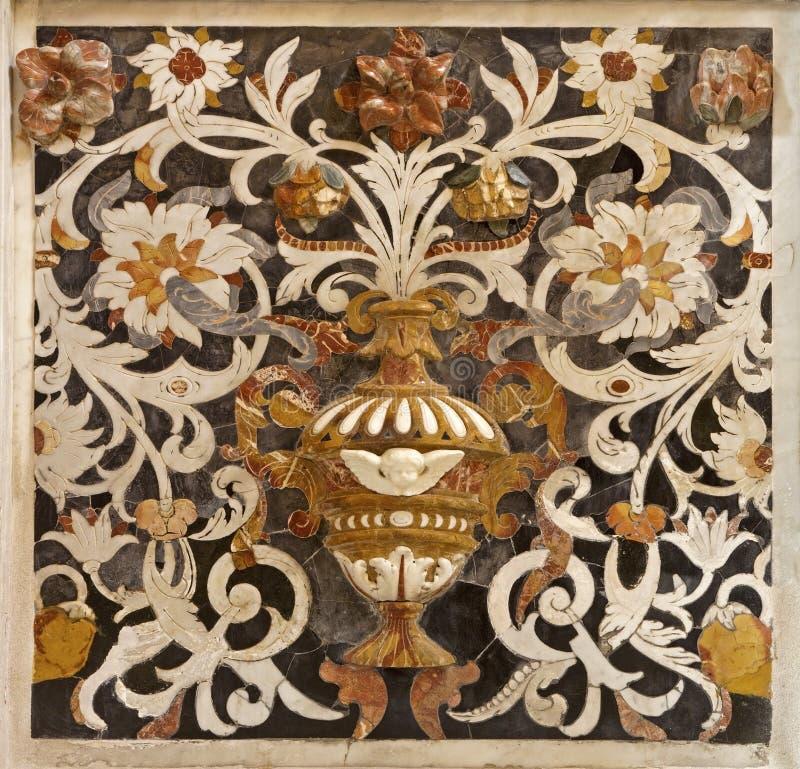 Palermo - detalle de la decoración del mosaico en el chiesa del Gesu del La de la iglesia fotos de archivo