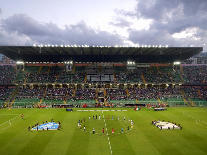 PALERMO, ITALIA - 13 giugno 2018 - Di Palermodegli Stati Uniti Città contro Frosinone Calcio - finale 2017-2018 di spareggio di  immagine stock libera da diritti