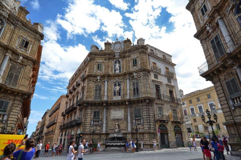 Palermo Italien, Sicilien Augusti 24 2015 Quattro Canti eller piazza Villena fotografering för bildbyråer