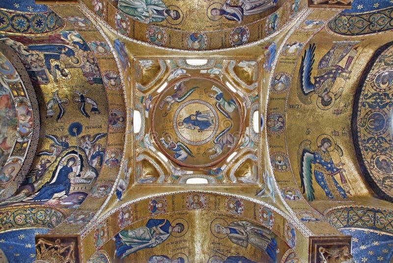 Palermo - mosaico bizantino de la iglesia del dell Ammiraglio de Santa Maria imagen de archivo libre de regalías
