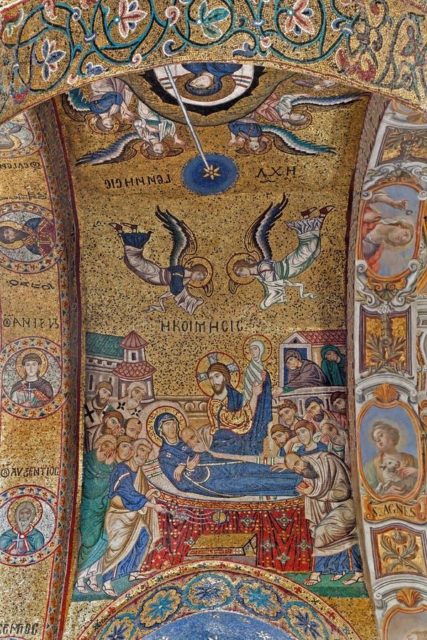 Palermo - mozaïek van de Heilige dood van Mary op plafond van Kerk van Santa Maria dell Ammiraglio royalty-vrije stock afbeeldingen