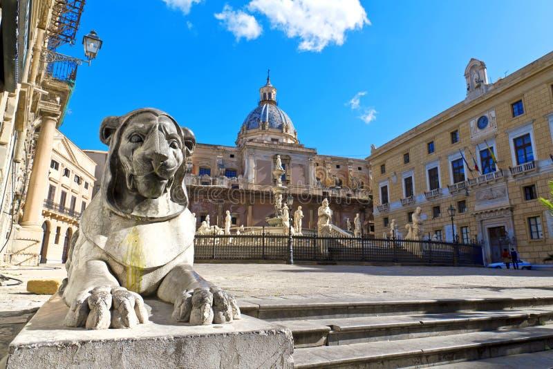 Palermo, piazza Pretoria fotografie stock libere da diritti