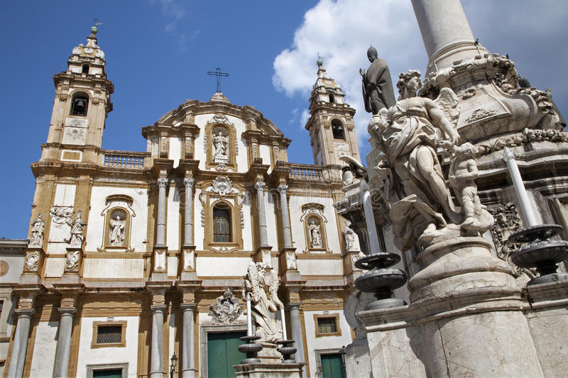 Palermo - San Domenico - Saint Dominic Church And Baroque Column Royalty Free Stock Images