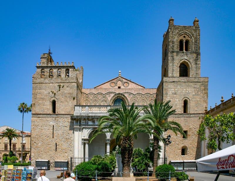 Palermo, Sicilia/Italia: 25 giugno 2005: La cattedrale di Monreale immagini stock