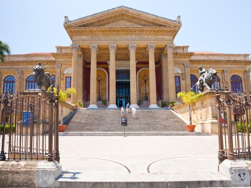 palermo sicily för husmassimo opera teatro arkivbild
