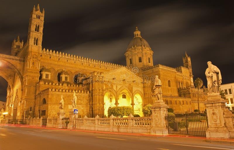 Palermo - Zuidenportaal van Kathedraal of Duomo royalty-vrije stock fotografie