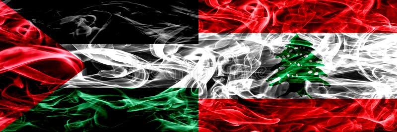Palestina contra Líbano, banderas libanesas del humo colocadas de lado a lado Banderas sedosas coloreadas gruesas del humo del pa libre illustration