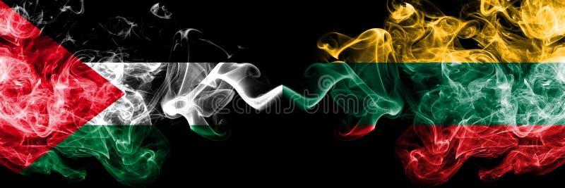 Palestina contra Lituania, banderas místicas ahumadas lituanas colocadas de lado a lado Grueso coloreado sedoso fuma la bandera d ilustración del vector