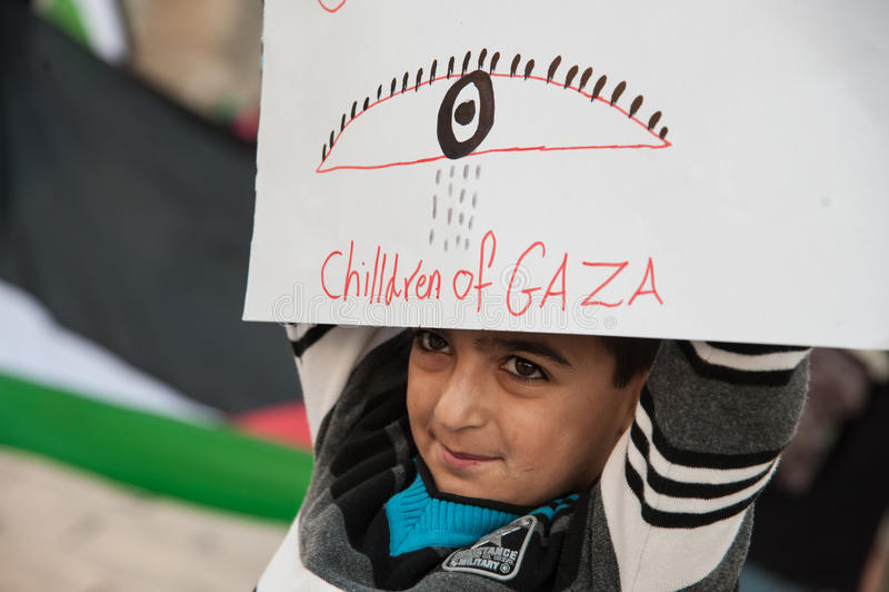 PalestinierprotestGaza attacker royaltyfri foto