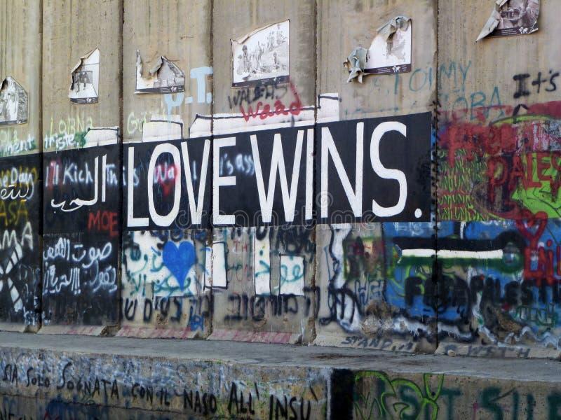 Palestinska grafitti i Betlehem arkivbild