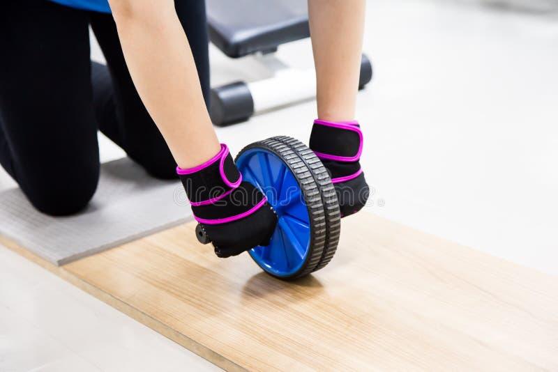 Palestra di forma fisica del rullo di addestramento dell'ABS immagine stock libera da diritti