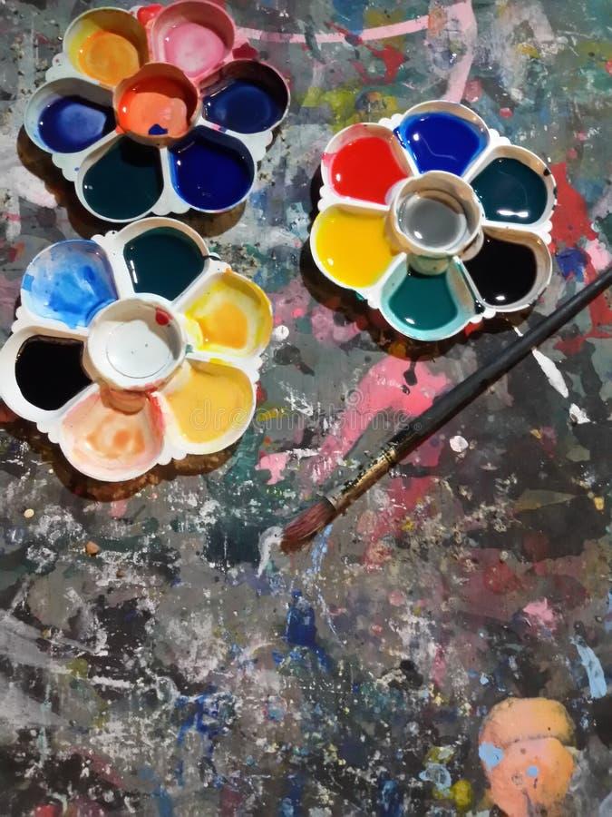 Palet en penseel royalty-vrije stock afbeelding
