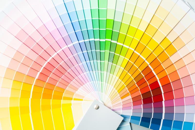 Paleta de colores gu a del color muestras de la pintura for Muestras de colores de pintura