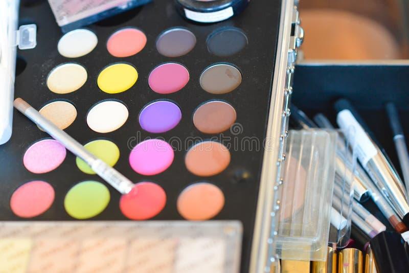 Paleta del maquillaje imágenes de archivo libres de regalías