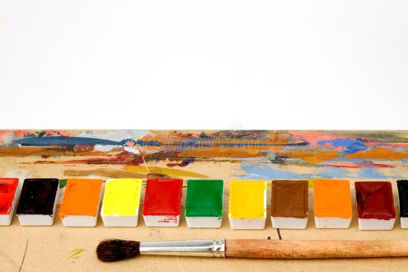 Paleta na pastylce kolorowej zdjęcia royalty free