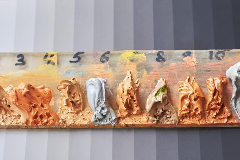 Paleta nafciane farby dla malować fotografia stock