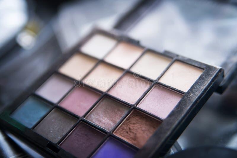 Paleta para el maquillaje, cosmético, herramientas profesionales lujo imagen de archivo libre de regalías