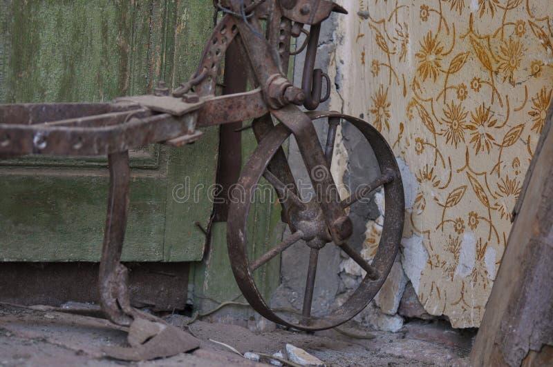 Paleta traída por caballo antigua fotografía de archivo libre de regalías