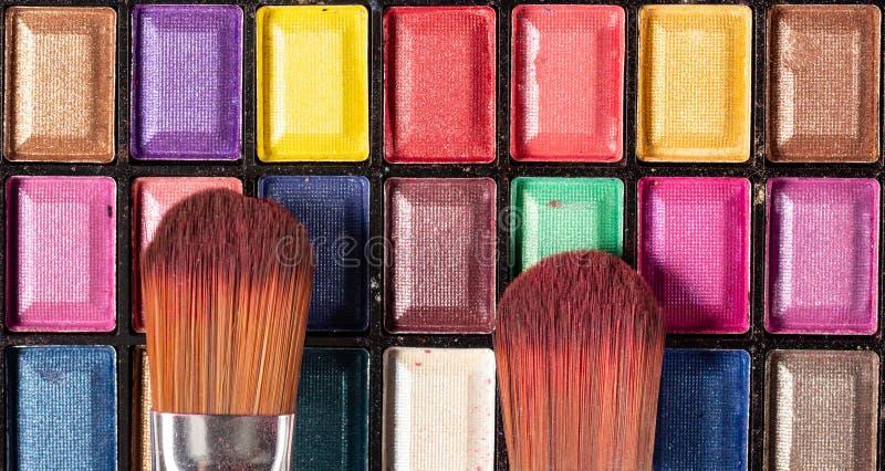 Palette color?e d'ombres d'oeil Fond de maquillage Fin vers le haut photo stock