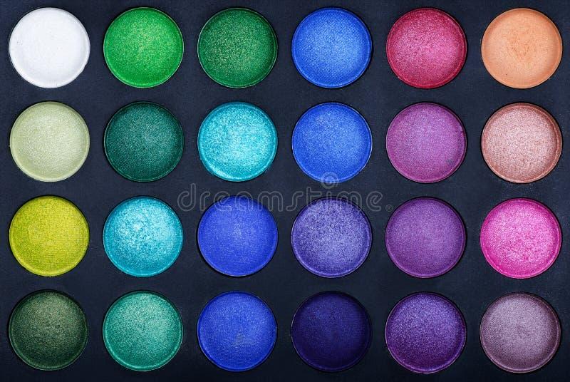 Palettes colorées de fard à paupières photographie stock libre de droits