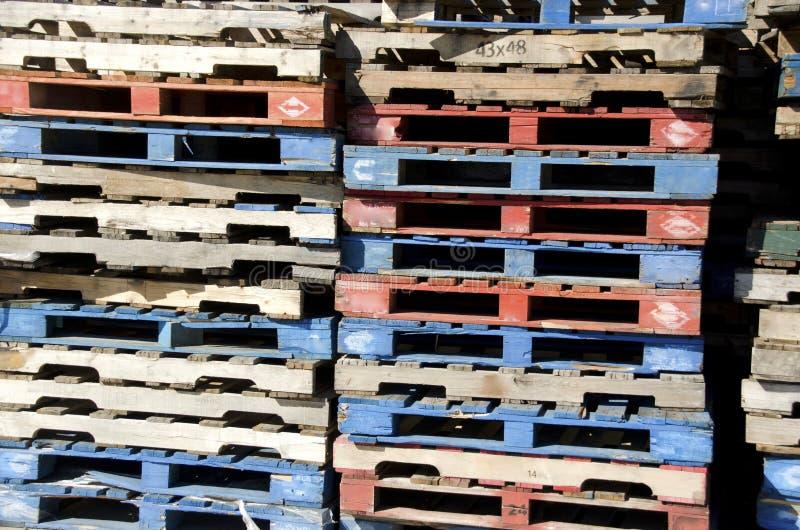 Palettes en bois images libres de droits