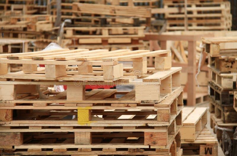 Palettes en bois photo libre de droits