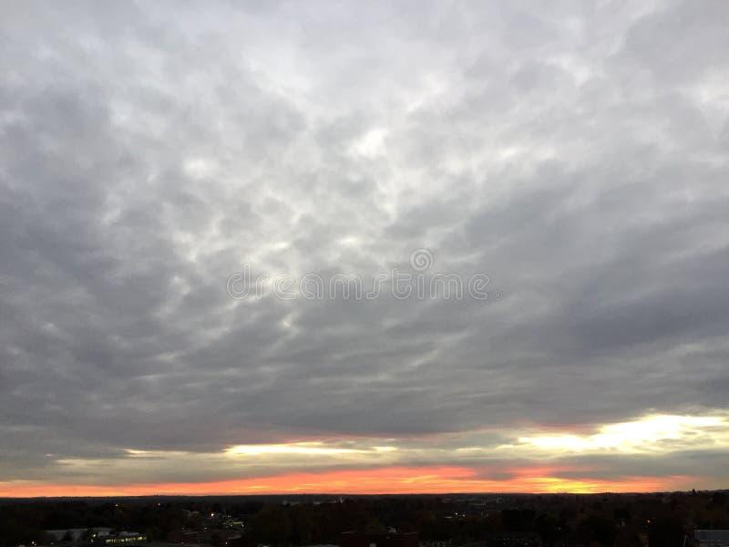 Pali chmury obrazy stock