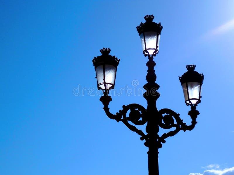 Pali della luce al tramonto a Cadice andalusia spain immagine stock libera da diritti