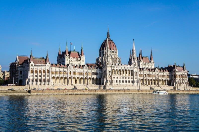 Paliament van de Rivier van Boedapest en van Donau royalty-vrije stock fotografie