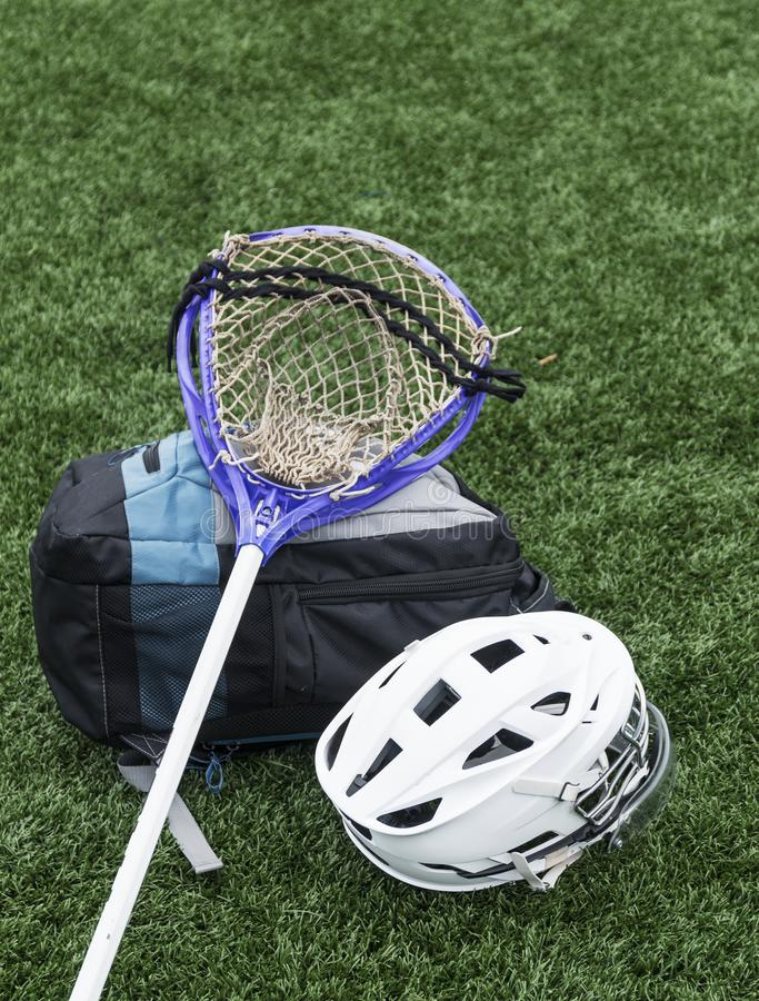 Palillo, casco y bolso de LaCrosse fotografía de archivo libre de regalías