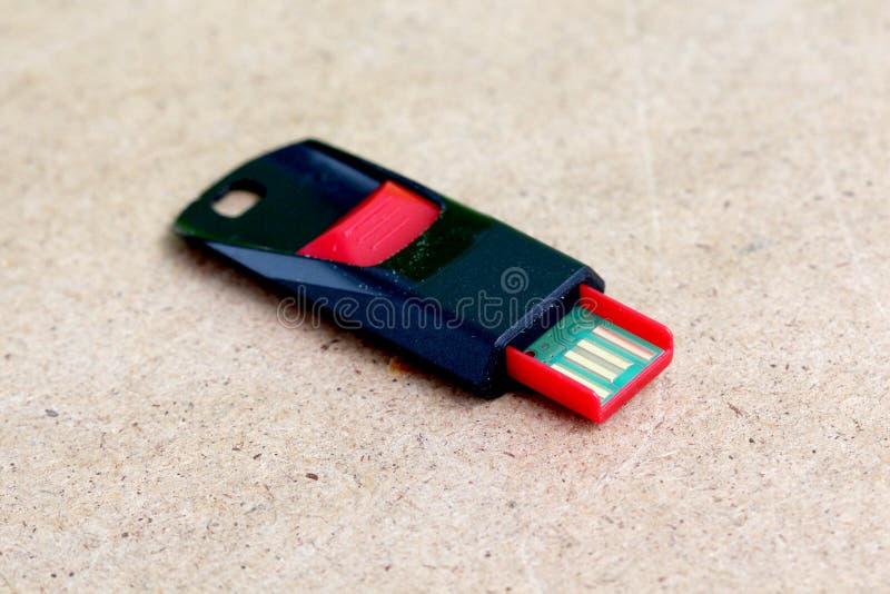 Palillo negro rojo de memoria USB imagen de archivo libre de regalías