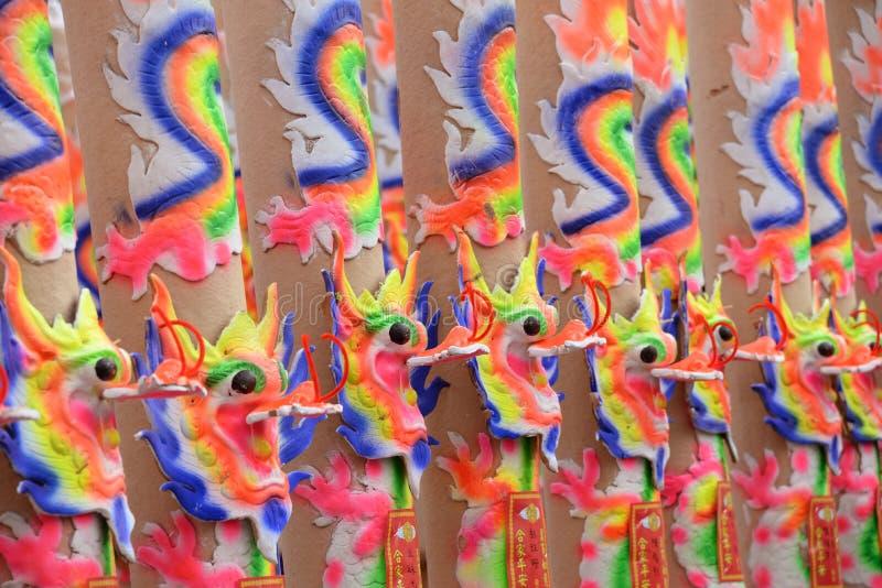Palillos de ídolo chino del dragón fotos de archivo libres de regalías