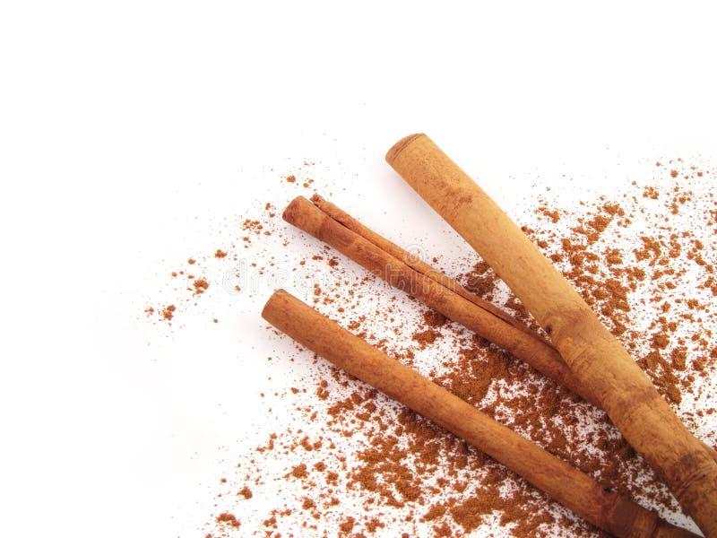 Palillos de cinamomo. imagenes de archivo