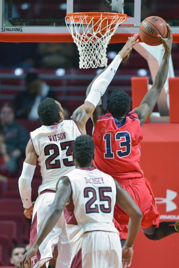 2014 pallacanestro del NCAA - grandi 5 immagini stock libere da diritti