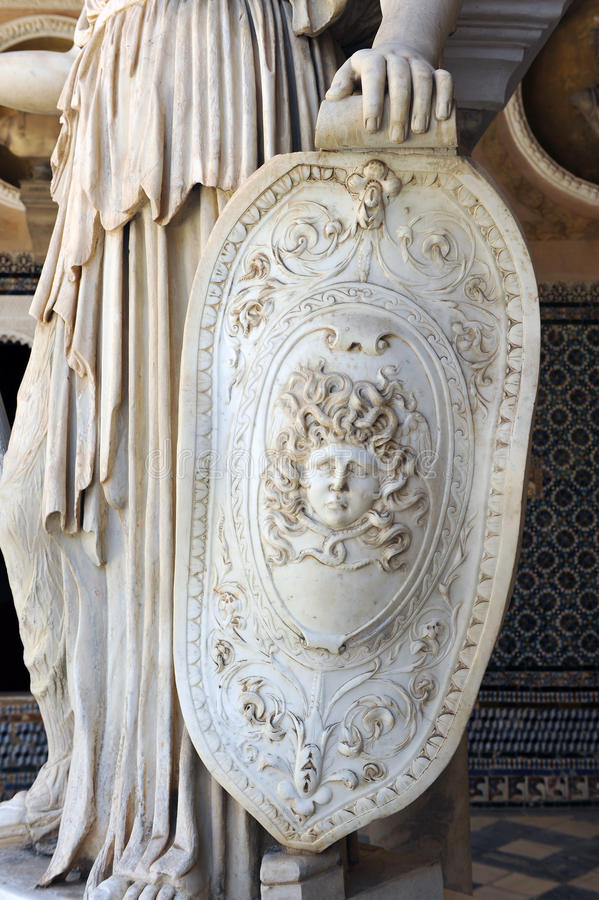 Pallas Athena, escultura romana, casa del palacio de Pilate, Sevilla, España foto de archivo
