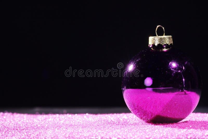 Palle di Natale con la decorazione fotografia stock libera da diritti