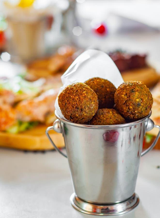 Palle fresche del falafel immagine stock libera da diritti