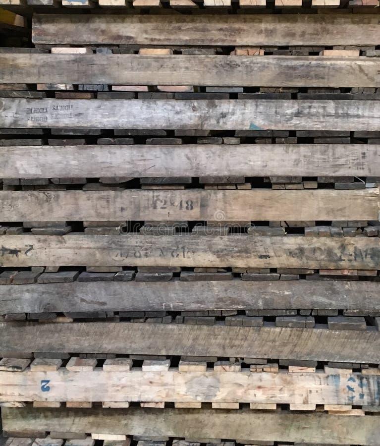 Pallet di legno immagini stock
