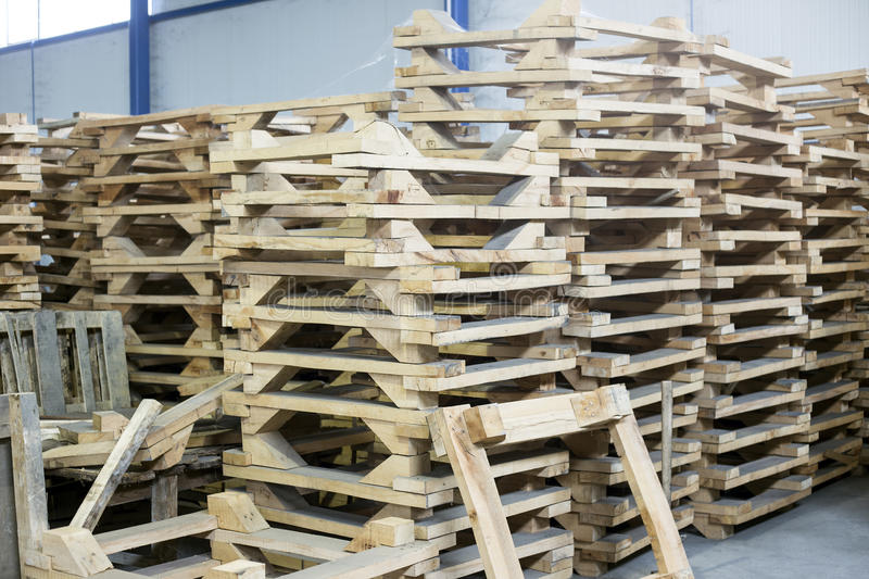 Pallettes en bois photo libre de droits