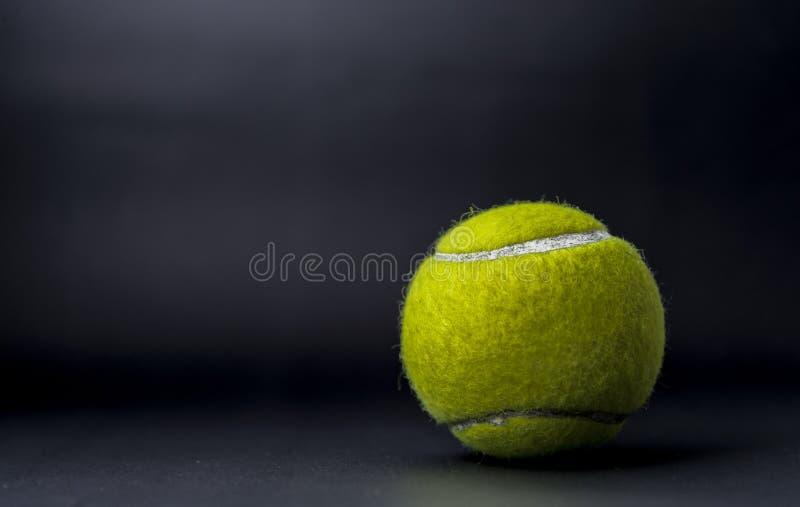 Pallina da tennis fotografie stock libere da diritti