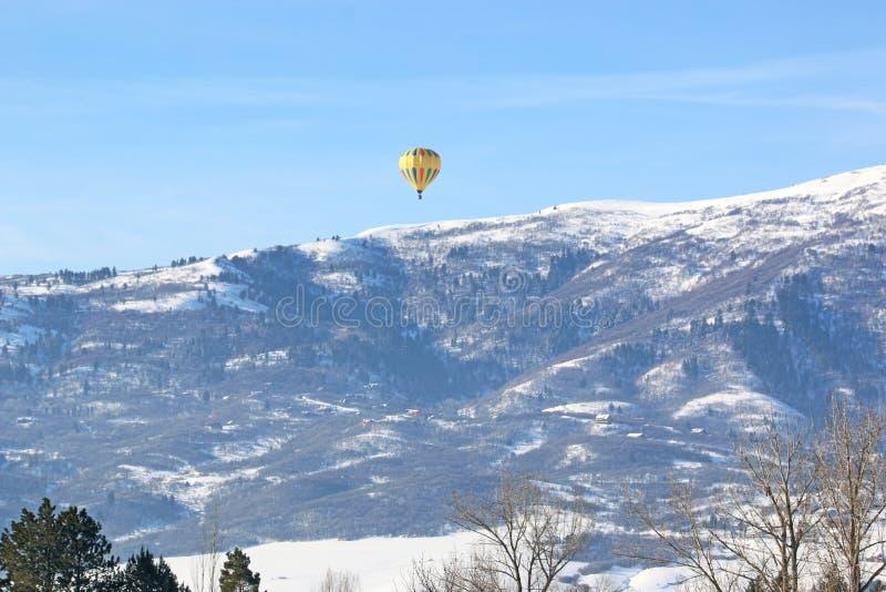 Palloncino ad aria calda nel Wasatch Front, Utah fotografia stock