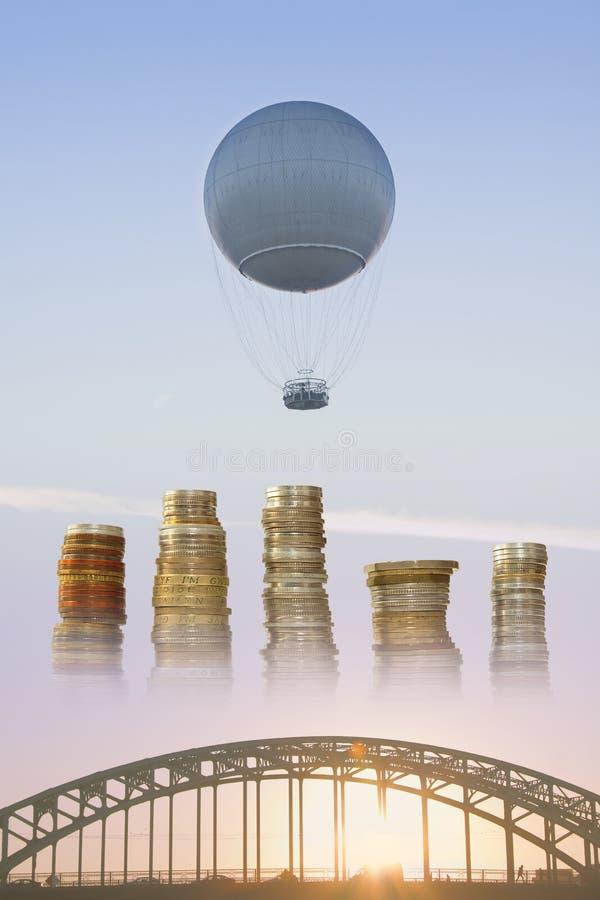 Pallone del gas, pali delle monete e ponte fotografia stock