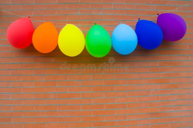 Palloni dei colori dell 39 arcobaleno immagine stock - Immagine di terra a colori ...