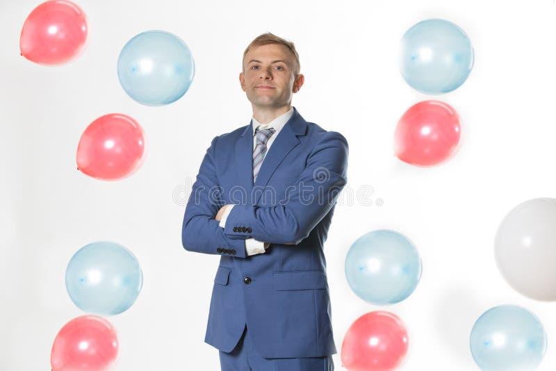 Palloni di caduta facenti una pausa dell'uomo d'affari fotografia stock